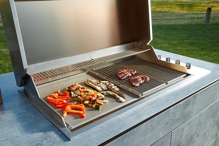 bbqtion outdoorküche insellösung grill aqua-saar