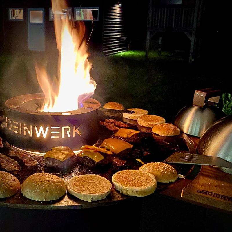 Grillfass-Set Grilltonne aus Corten mit Plancha, Grillrost, Wok-Aufsatz